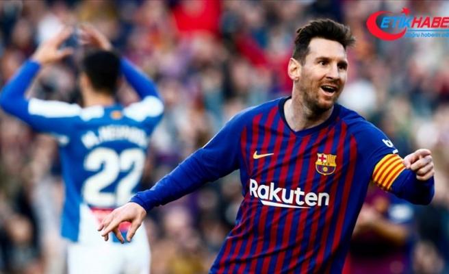 Barcelona derbiyi Messi ile kazandı