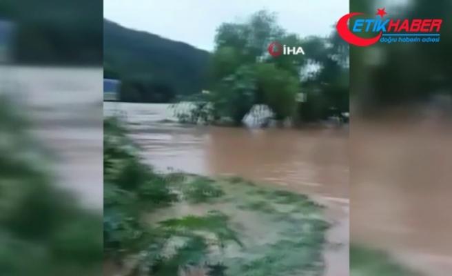 Bolivya'da sel felaketi: 33 ölü
