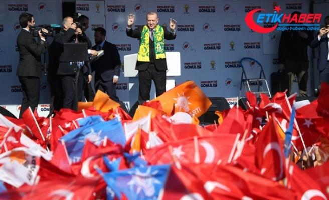 Cumhurbaşkanı Erdoğan: Bu trenden inenler bir daha bu trene binemezler