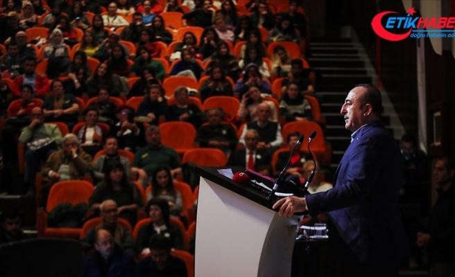 Dışişleri Bakanı Çavuşoğlu: Her şey değişiyor, o yüzden tazelenmek lazım