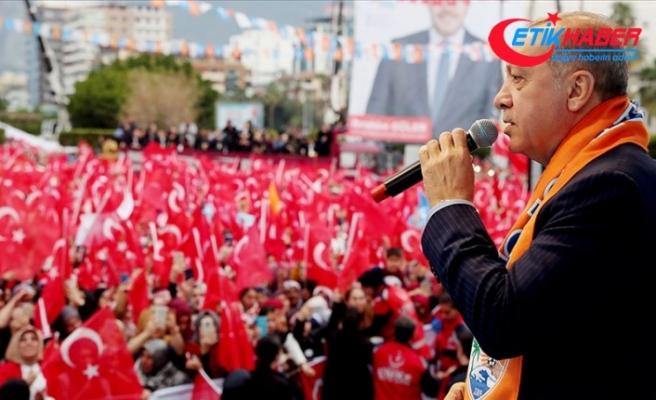 Erdoğan: Suriye'nin kuzeyinde terör koridoru oluşturulmasına fırsat vermeyeceğiz