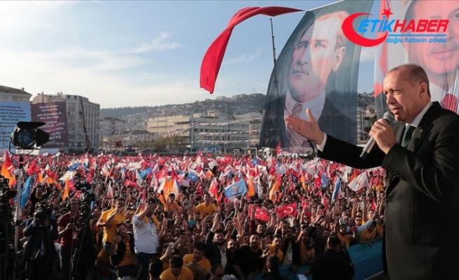Erdoğan: Türkiye'ye parmak sallayanlar önce açıp bir tarih kitabı okusun