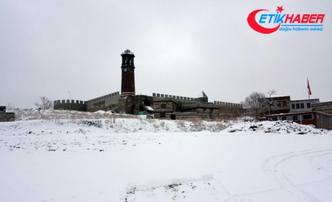 Erzurum ve Kars eksi 19'u gördü