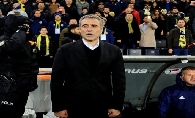 Antalyaspor, Ersun Yanal'la 2.5 yıllık anlaşmaya vardı