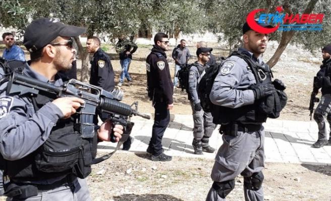 İsrail polisinden Mescid-i Aksa imamlarına saldırı