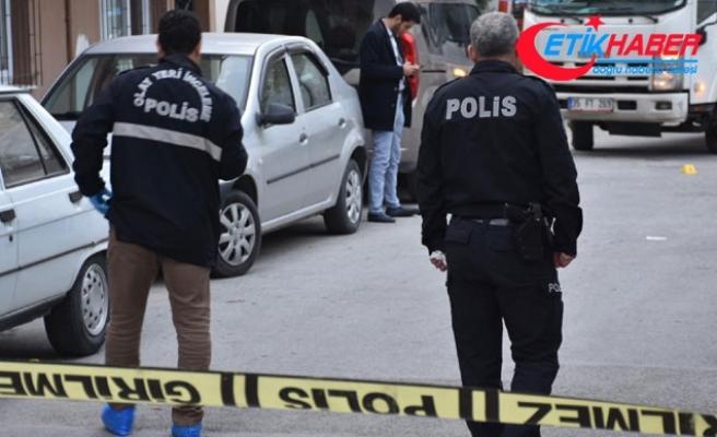 İzmir'de 'hatalı park' kavgası; oğlunun gözü önünde öldürdü
