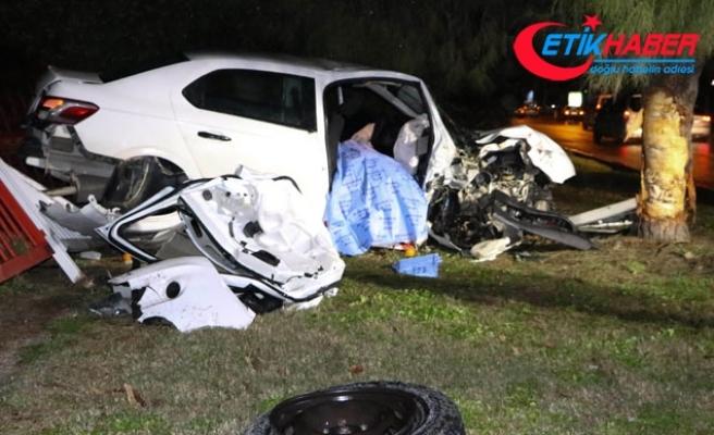 Makas atan sürücü sıkıştırınca bariyerlere çarpıp öldü