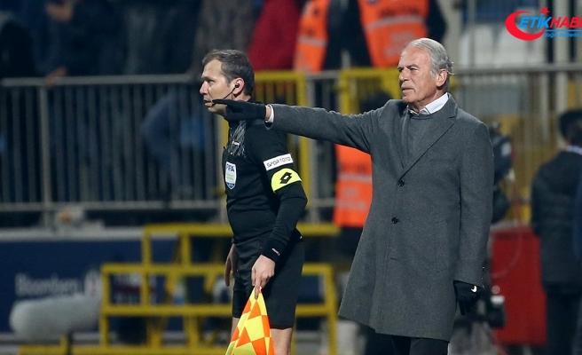 Mustafa Denizli: Lig beşinciliği bizim için son derece önemli