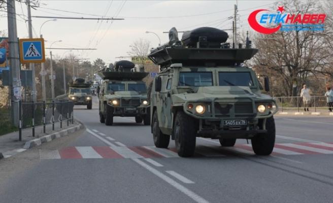 Rusya Savunma Bakanı Şoygu: Rusya Kırım'daki askeri birliklerini güçlendirdi