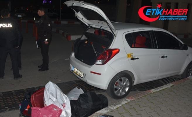 Seyir halindeki otomobile ateş açıldı: 1 yaralı