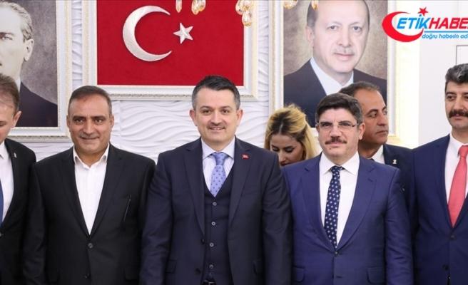 'Türk ve Kürt kardeşliğinin önünde hiç kimse duramaz'