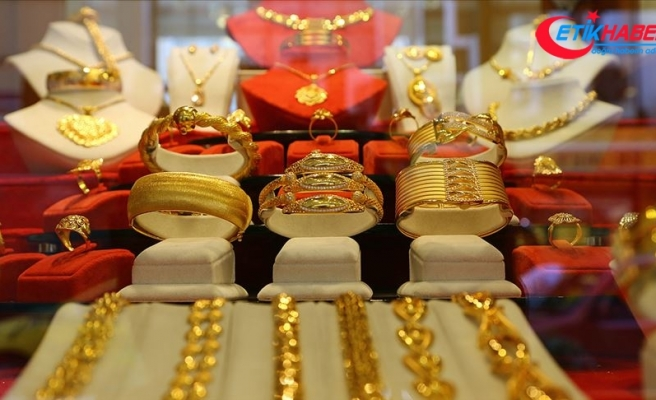 Altının gram fiyatı güne yatay seyirle başladı
