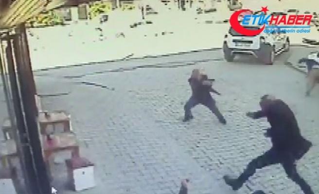 Arnavutköy'de 3 kişinin öldüğü çatışma anı