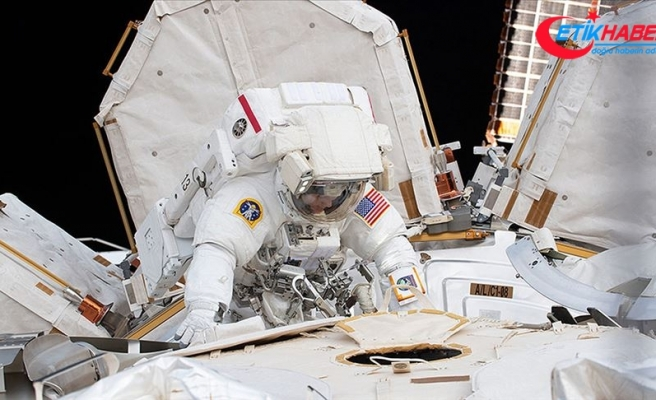 Astronotlar batarya değişimi için yine uzay yürüyüşüne çıktı