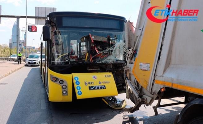 Ataşehir'de İETT otobüsü çöp kamyonuna çarptı