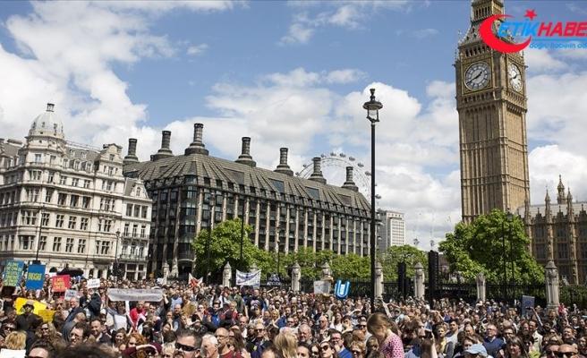 Brexit yorgunu İngilizler güçlü lider istiyor