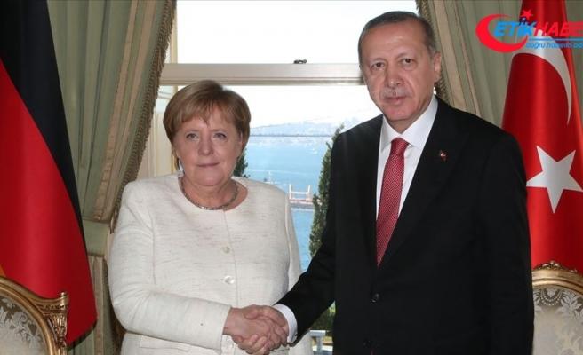 Cumhurbaşkanı Erdoğan'dan Almanya Başbakanı Merkel'e taziye telefonu