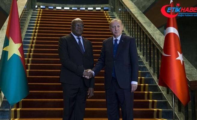 Cumhurbaşkanı Erdoğan: Sudan'ın süreci barış içinde atlatması en önemli temennim