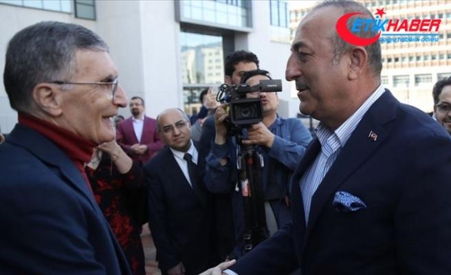 Dışişleri Bakan Çavuşoğlu, Aziz Sancar ile görüştü