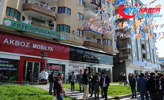 Diyarbakır Bağlar'da AK Parti binasına ateş açıldı