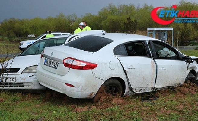 Diyarbakır'da 3 ayrı trafik kazası: 1'i ağır 7 yaralı