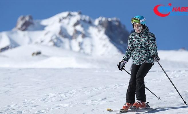 Erciyes son 4 yılın en uzun kayak sezonunu geçiriyor