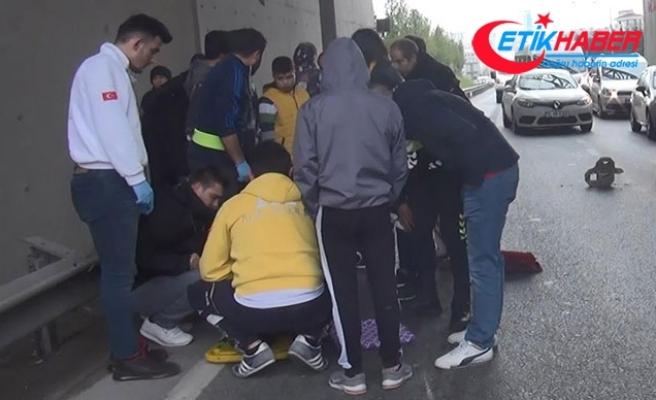 Esenyurt'ta 'tek teker' kazası: Yaralı arkadaşını bırakıp kaçtı