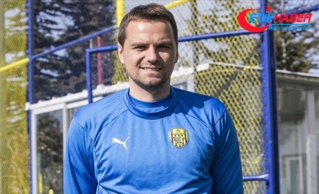 Hırvat futbolcusu Kulusic: Fenerbahçe'nin çok kaliteli ayakları var