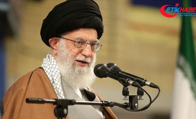 'İran ihtiyacı kadar petrol ihraç etmeye devam edecek'