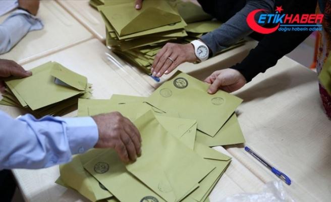 İstanbul'da 12 ilçede geçersiz oyların sayımına CHP itiraz etti