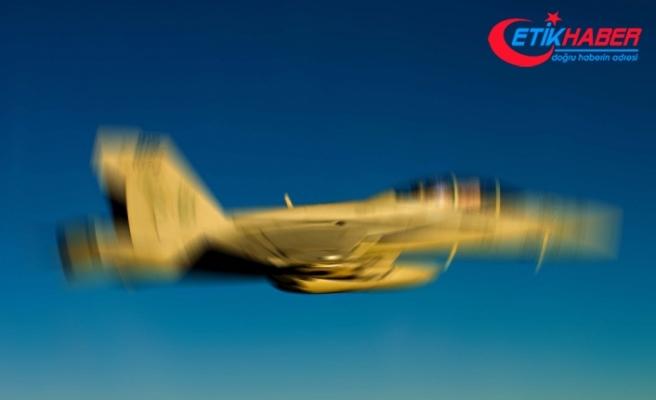 Japon savaş uçağı radarda kayboldu