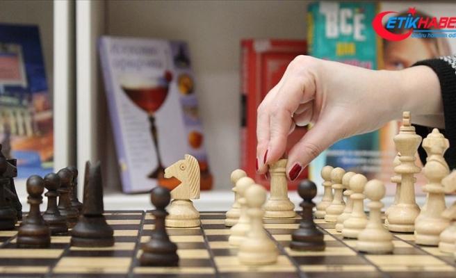 Kadın satranççılar Antalya'da hamle yapacak