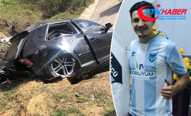 Otomobiliyle şarampole yuvarlanan amatör futbolcu ağır yaralandı