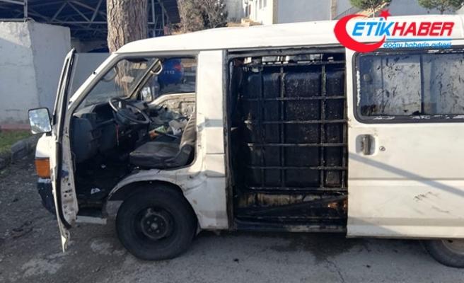 Petrol boru hattı civarında özel düzenekli minibüsle yakalananlara 908 bin lira ceza
