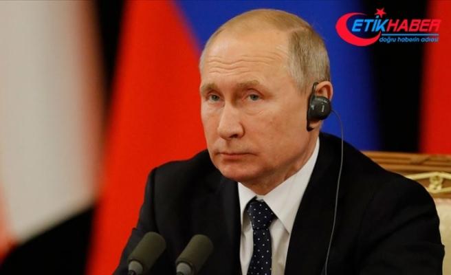 Putin: Gündemimizde S-400'lerin sevkiyatının tamamlanması var