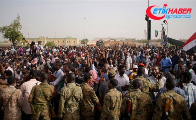 Rusya: Sudan'da durumun anayasal düzene döneceğini umuyoruz
