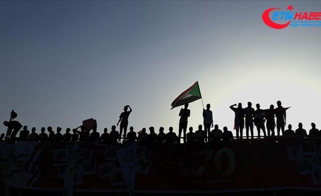 Sudan'da hükümet kurumlarına varlıklarını açıklama zorunluluğu