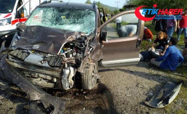Zonguldak'ta feci kaza: 1 ölü, 4 yaralı