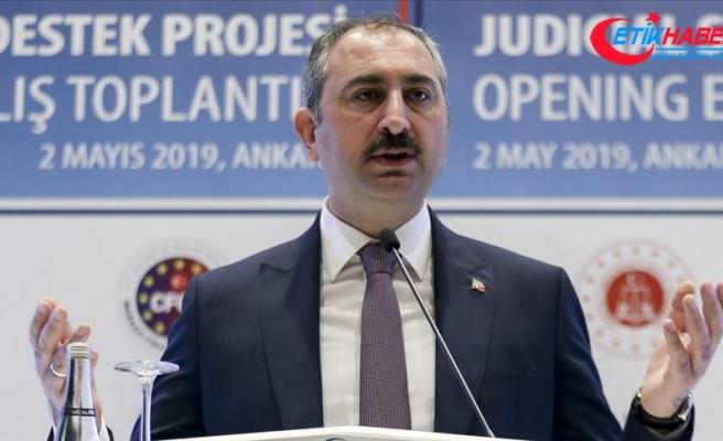 Adalet Bakanı Gül: Reform irademiz artarak devam etmekte