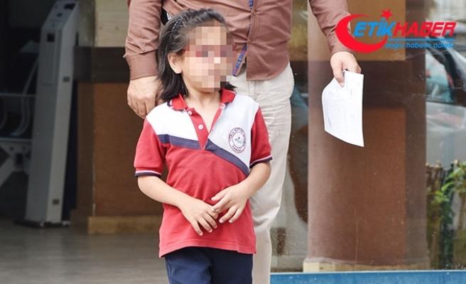 Anneden, arkadaşlarının kalemini alan kızına inanılmaz ceza