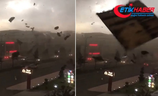 Batman'da fırtına çatıları uçurdu, ağaçları devirdi
