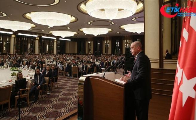 Cumhurbaşkanı Erdoğan: Eğitim konusunda meseleyi ideolojik zemine çekmek kimseye yarar sağlamaz