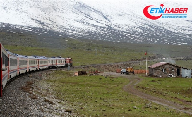 Doğu Ekspresi ile iki yılda 270 bin 811 yolcu seyahat etti