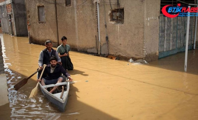 İran'daki fırtına ve şiddetli yağışlarda can kaybı 24'e yükseldi