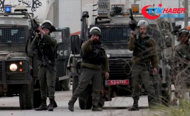 İsrail askerleri Gazze'de 30 Filistinliyi yaraladı