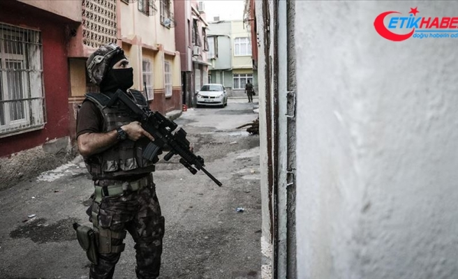 İzmir'de terör örgütü PKK/KCK operasyonu: 8 gözaltı