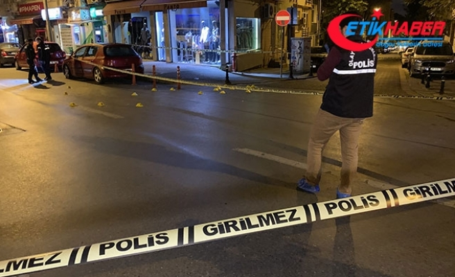 Kadıköy'de önce bir iş yerine sonra polislere ateş açtılar: 2 yaralı