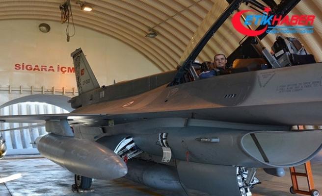 Orgeneral Küçükakyüz, savaş uçağına binip, terör harekatına katıldı