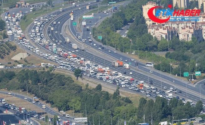 Kurban Bayramı için bugün yola çıkacaklar dikkat! İşte trafikte son durum