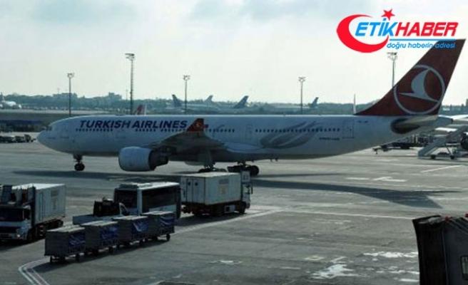 Uçak arıza yaptı, yolcular 2 saat uçakta bekledi